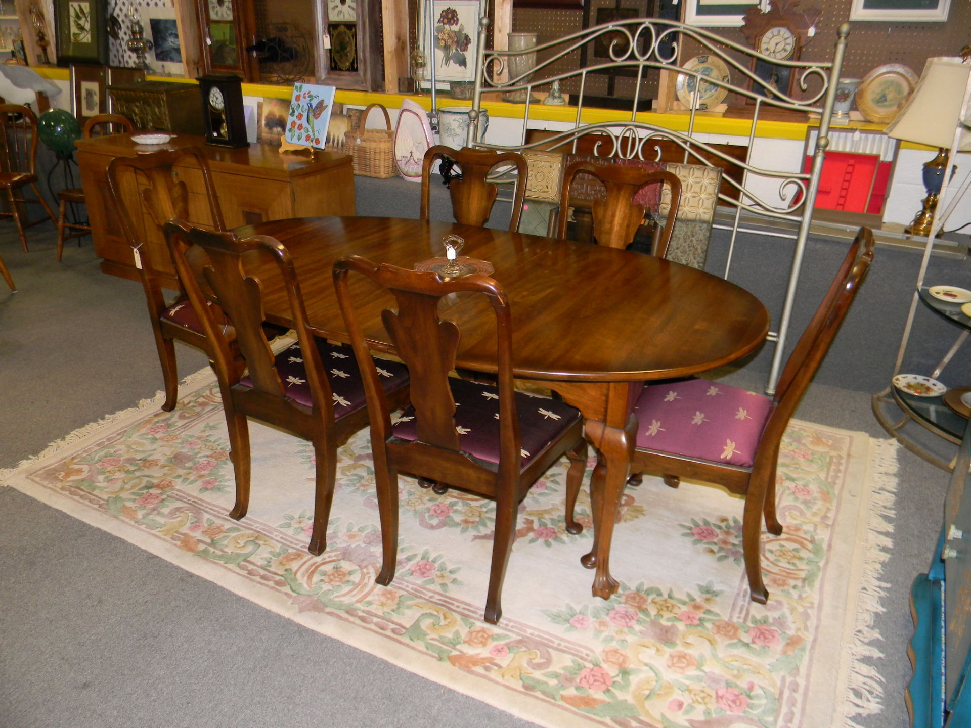 D5 Table with 6 Chairs $595