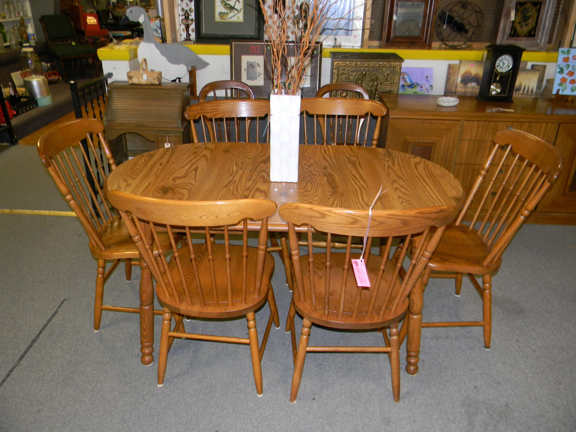 D15 Table with 6 chairs $279