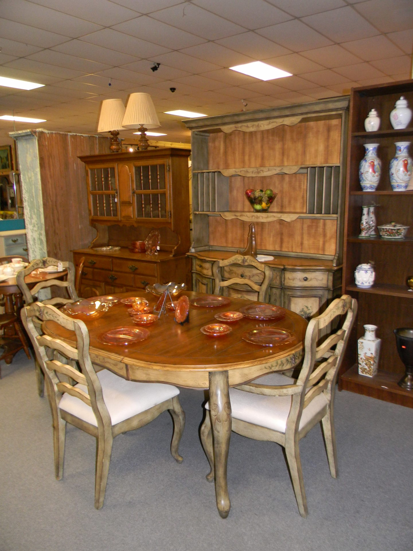B2 Table 4 chairs and China $750